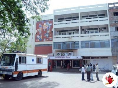 ગાંધીનગર સિવિલ હોસ્પિટલમાં કાર નીચેથી મળ્યો મૃતદેહ