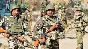 कश्मीर: जारी हेल्पलाइन नंबर से अपनों से बात कराने व मिलाने में मदद करेगी CRPF