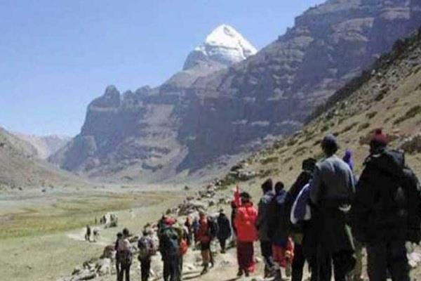 कैलाश मानसरोवर यात्रा फिर से शुरू, 17वें दल को किया गया रवाना