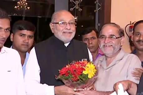370 हटाने पर मोदी के भाई बोले- 'PM का परिवार भी देश की जनता की तरह खुश'