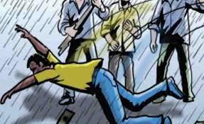 फरीदाबाद: बच्चा चोरी के आरोप में युवक की जमकर पिटाई, वीडियो वायरल