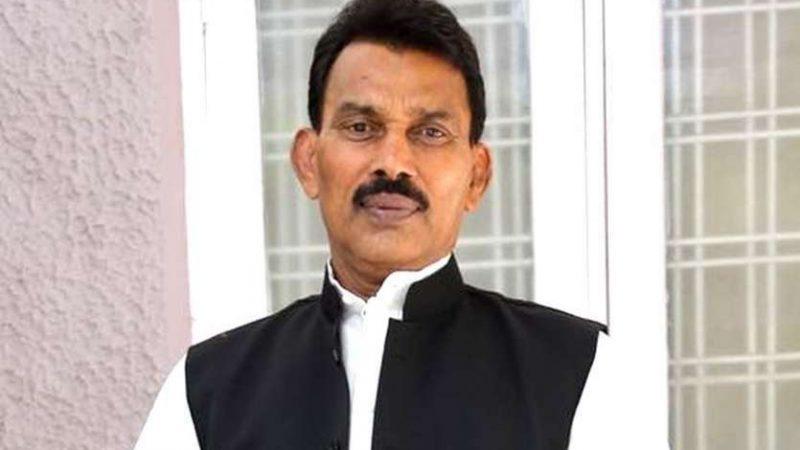 खण्डवा जिले के बाढ़ प्रभावित क्षेत्र मेँ पहुँचे मंत्री श्री सिलावट