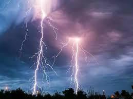 झारखंड: गढ़वा में आकाशीय बिजली गिरने से 8 लोगों की मौत