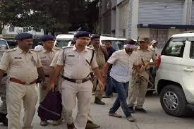 बिहार पुलिस ने मोस्टवांटेड विशाल सिंह को सदस्यों के साथ किया गिरफ्तार
