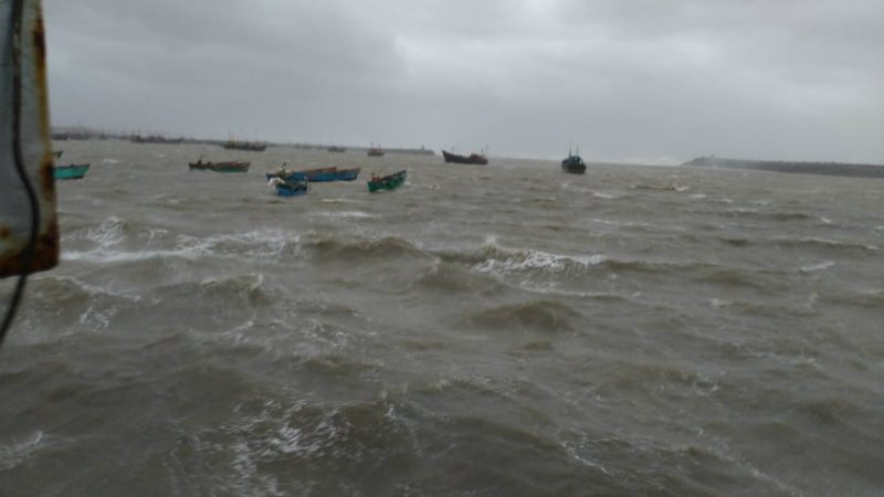 Cyclonic Storm 'Kyarr' May Hit Karnataka & Gujarat on Diwali, Coast Guards on High Alert