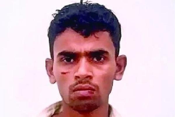 दिल्ही: सौतेले पिता ने चार साल की मासूम के सीने में मारा घूंसा, मौत