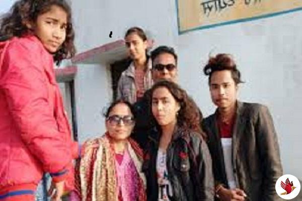 सनकी युवक ने की परिवार के 5 सदस्यों की गला दबाकर हत्या