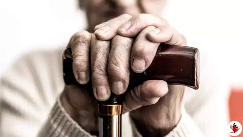 वृद्धा पेंशन की आयु 70 वर्ष रखने पर रोष