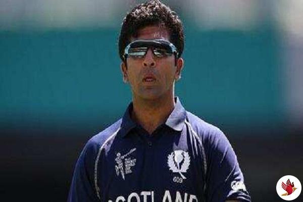 स्कॉलटलैंड के पाकिस्तानी मूल के क्रिकेटर माजिद हक को कोरोना वायरस से पीड़ित